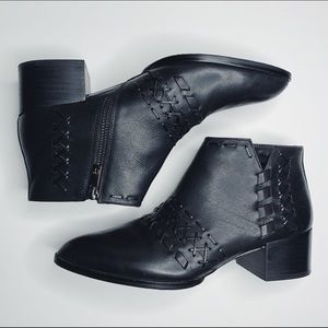 Donald J. Pliner Bowery black leather ankle boot